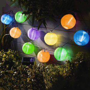 Szolár lampion fényfüzér – 10 db színes lampion- 3,7 m